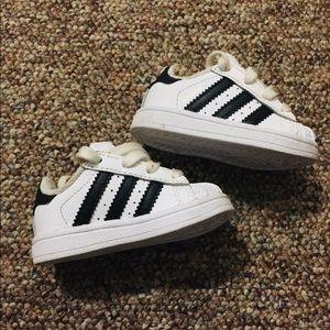 Toddler Adidas Superstars 😳❤️